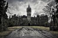 Spooky, castle