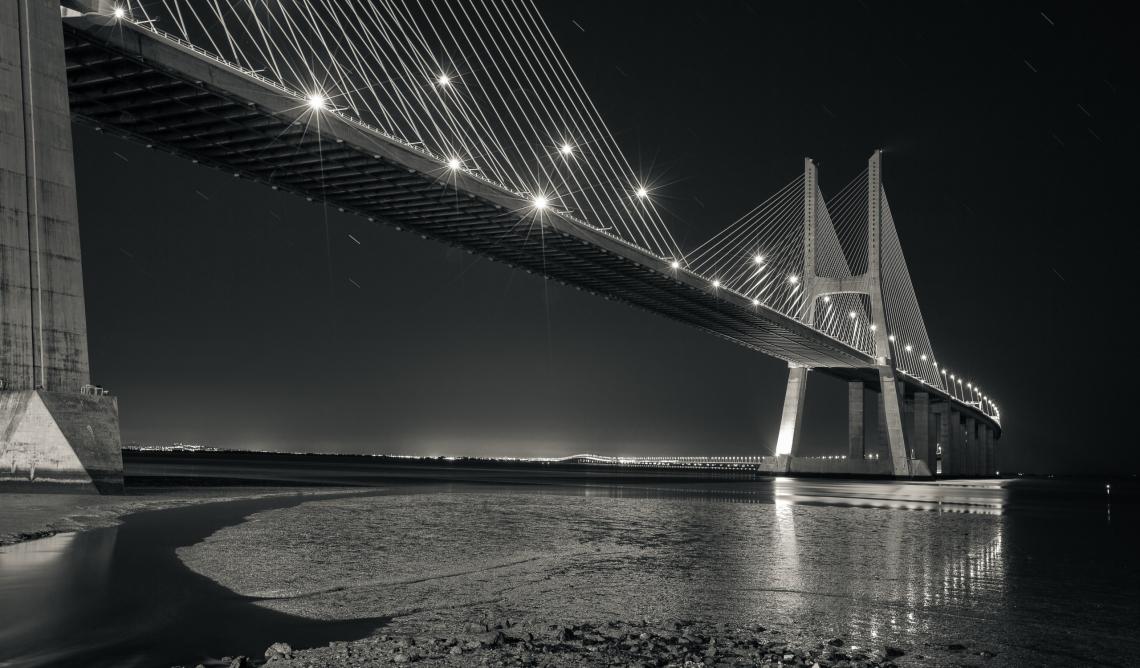 Vasco, da, gama, bridge, black, and, white
