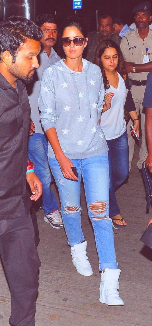 2021 indian celebrities street style fashion