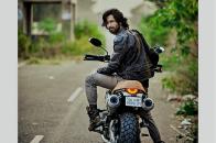 Shahid Kapoor, Birthday Gift Ride on Bike