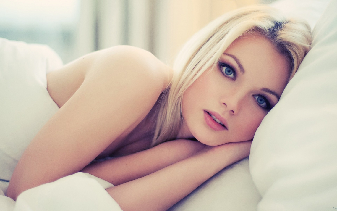 Women models beautiful face eyes